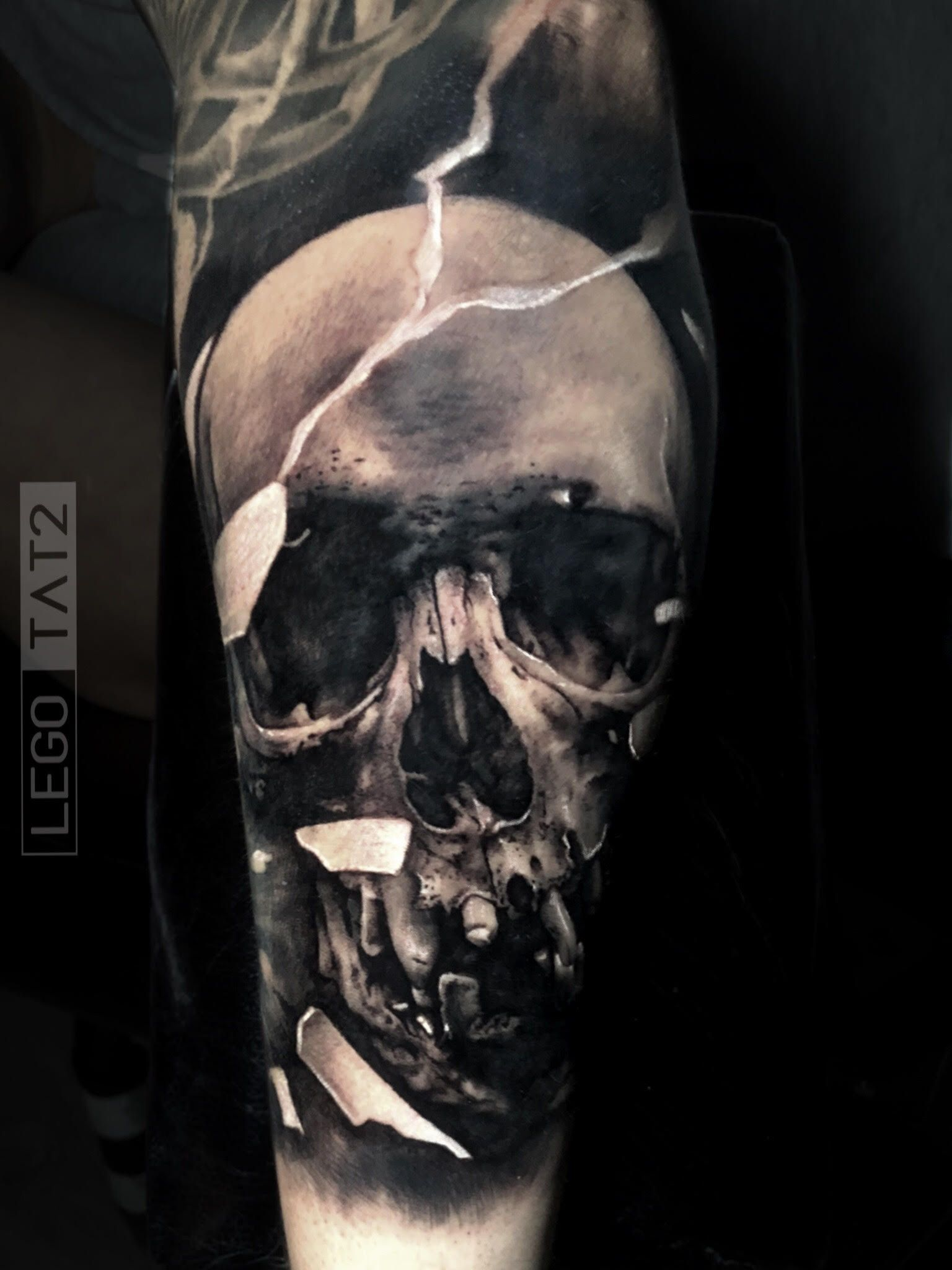 Realistic Black And Grey Skull Tattoo Made By Lego Tat2in