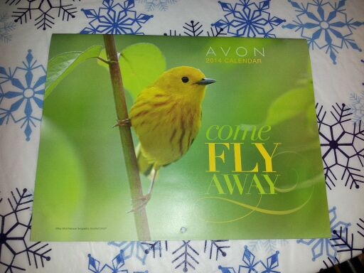 AVON 2014 WALL CALENDAR WITH 2 SURPRISE AVON SAMPLES