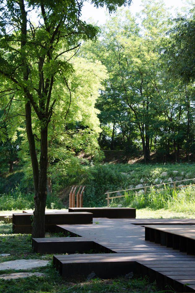 Landscape Architecture: Archiplan Studio, Diego Cisi e Stefano Gorni Silvestrini Architetti Completed: 2013 Location: Casalmoro / Mantova / Italy