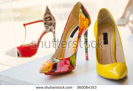 Women luxury shoes