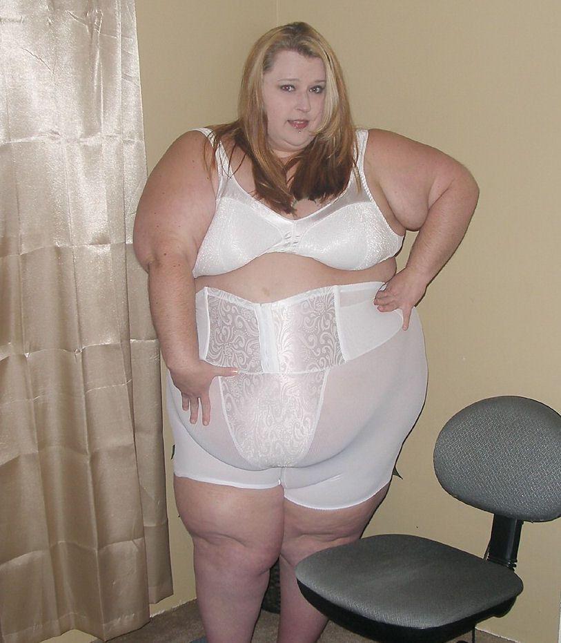 Angélica desnudo sexy adolescente