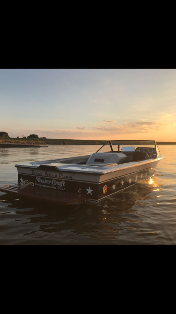 Pin By Kyle Staker On Mastercraft Stars And Stripes Mastercraft Boat Mastercraft Ski Boats Ski Boats