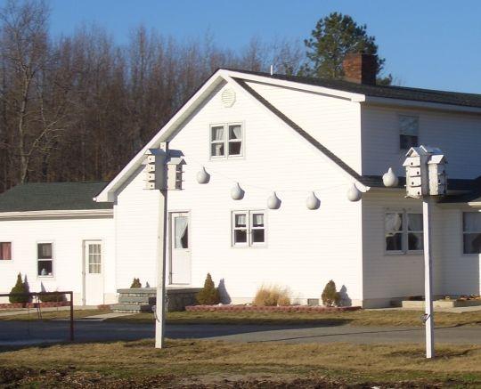 ~  Amish Homes ~ Sarah's Country Kitchen ~