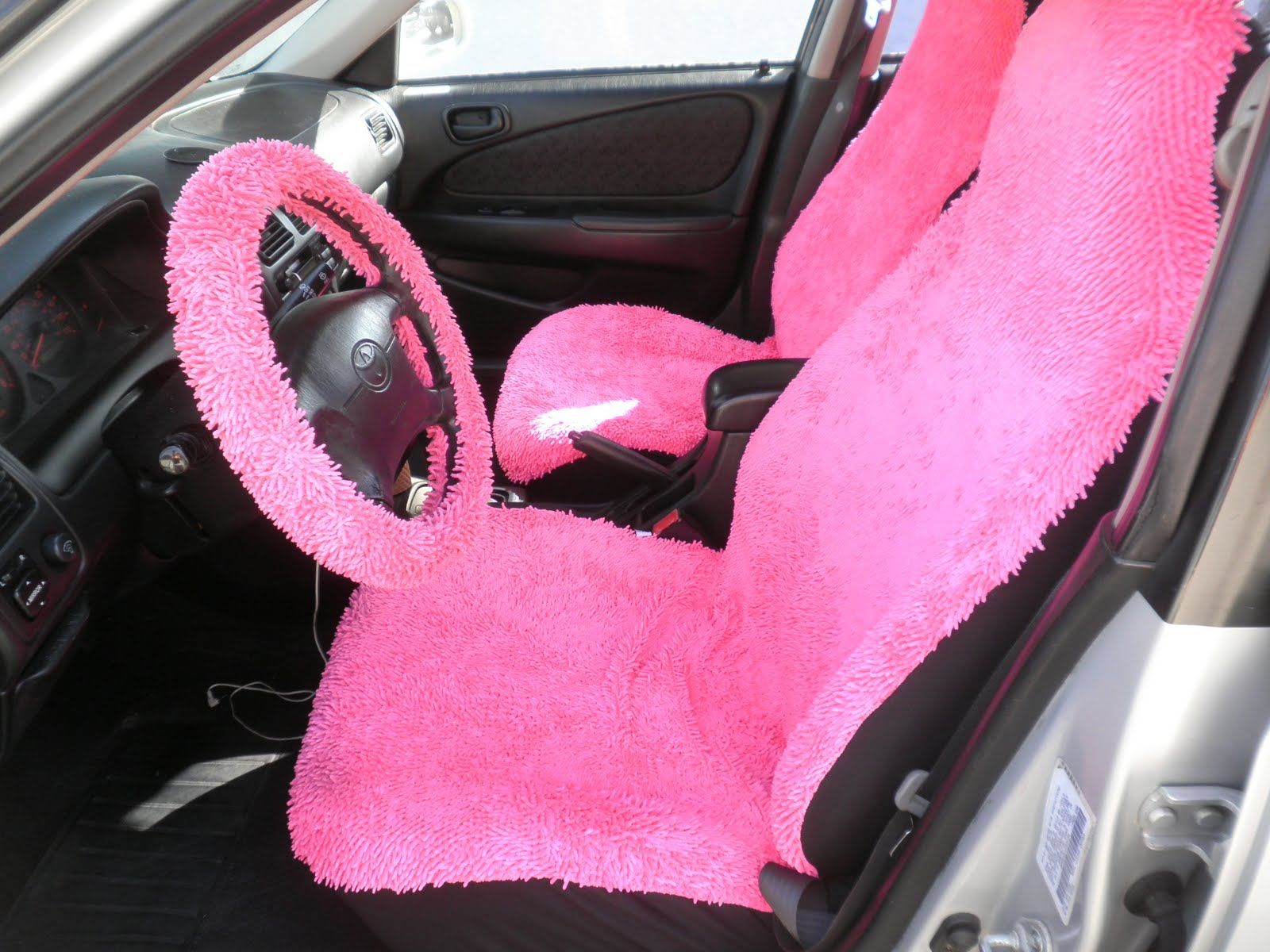 hot pink car interior taking his car everywhere from a to b pinterest pink car interior. Black Bedroom Furniture Sets. Home Design Ideas