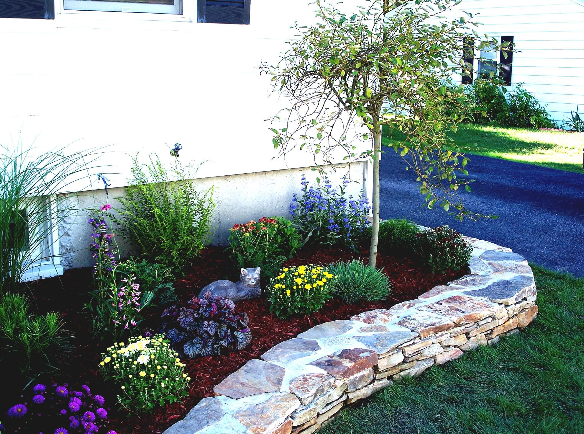Home Ideas For Gt Simple Flower Gardens Rock Landscaping Front Yard  Landscape Small With Rocks Lan