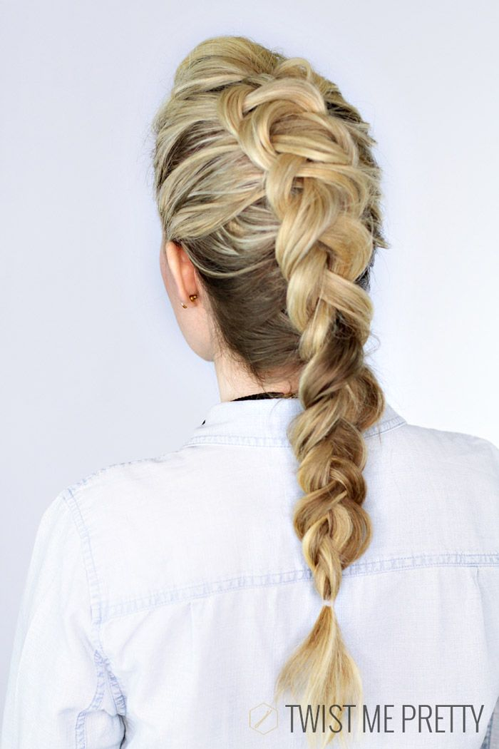 Faux hawk braid. I can never figure out how to get my hair to do this when I Dutch braid it. :(
