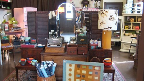 Noun: A Person's Place for Things -- Portland, 3300 SE Belmont St. -- A wonderful shop which features vintage furniture, housewares and jewellery.