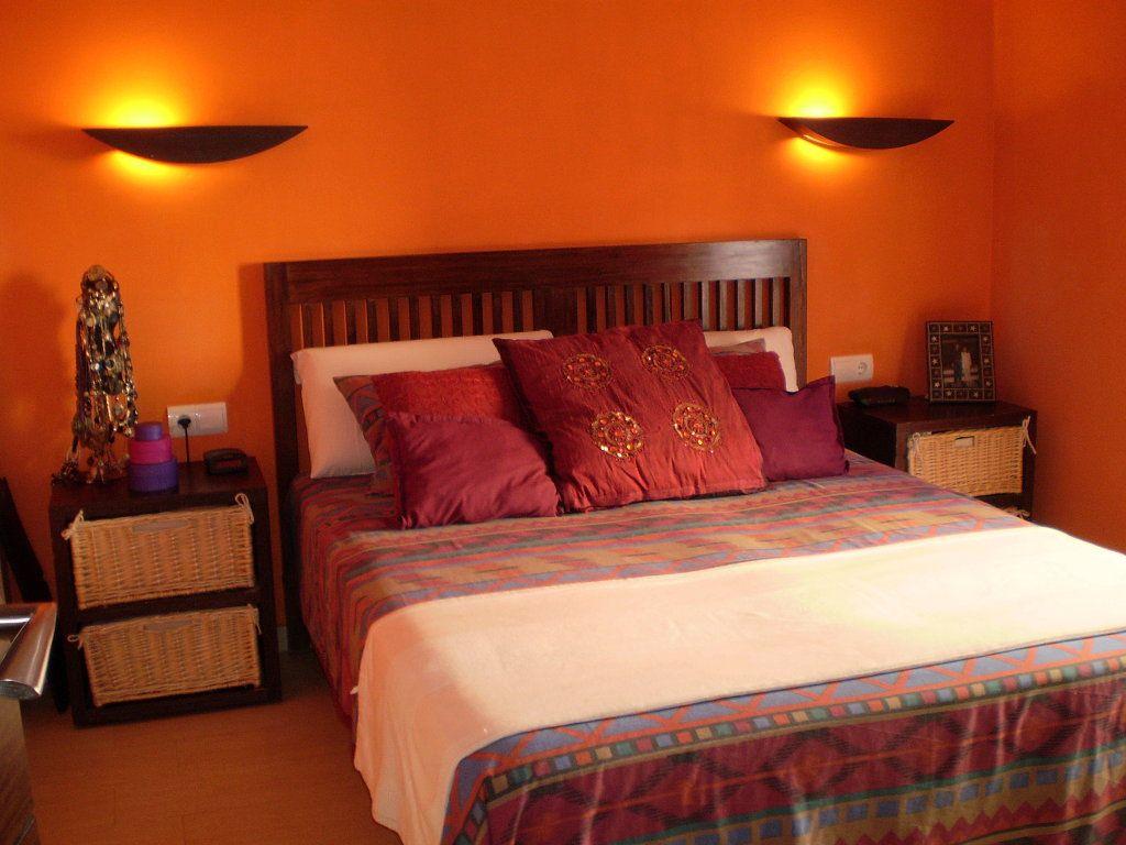 Habitaciones naranja naranja pinterest decoracion habitacion matrimonial pintar un - Habitaciones color naranja ...