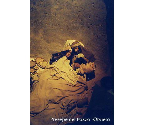 Presepe nel Pozzo :: Orvieto :: il presepio del Pozzo della Cava
