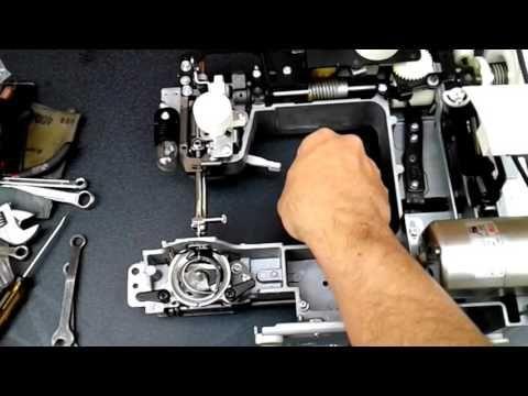 porque la maquina de coser casera salta las puntadas