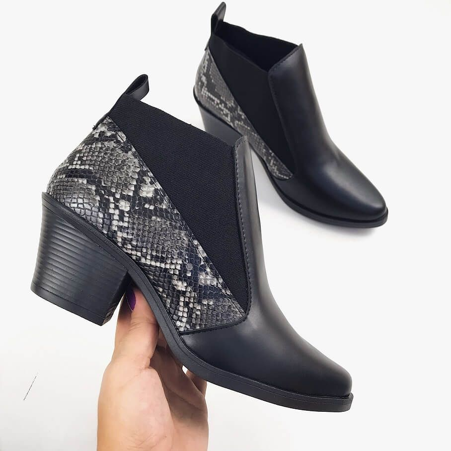 ddf3723b4 Bota chelsea west preta piton | Outono Inverno 19 | Chelsea, Boots, Fashion