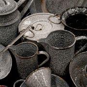 Google Afbeeldingen resultaat voor http://www.verzamelaarsjaarbeurs.nl/images/images/emaille-keuken-spullen.jpg