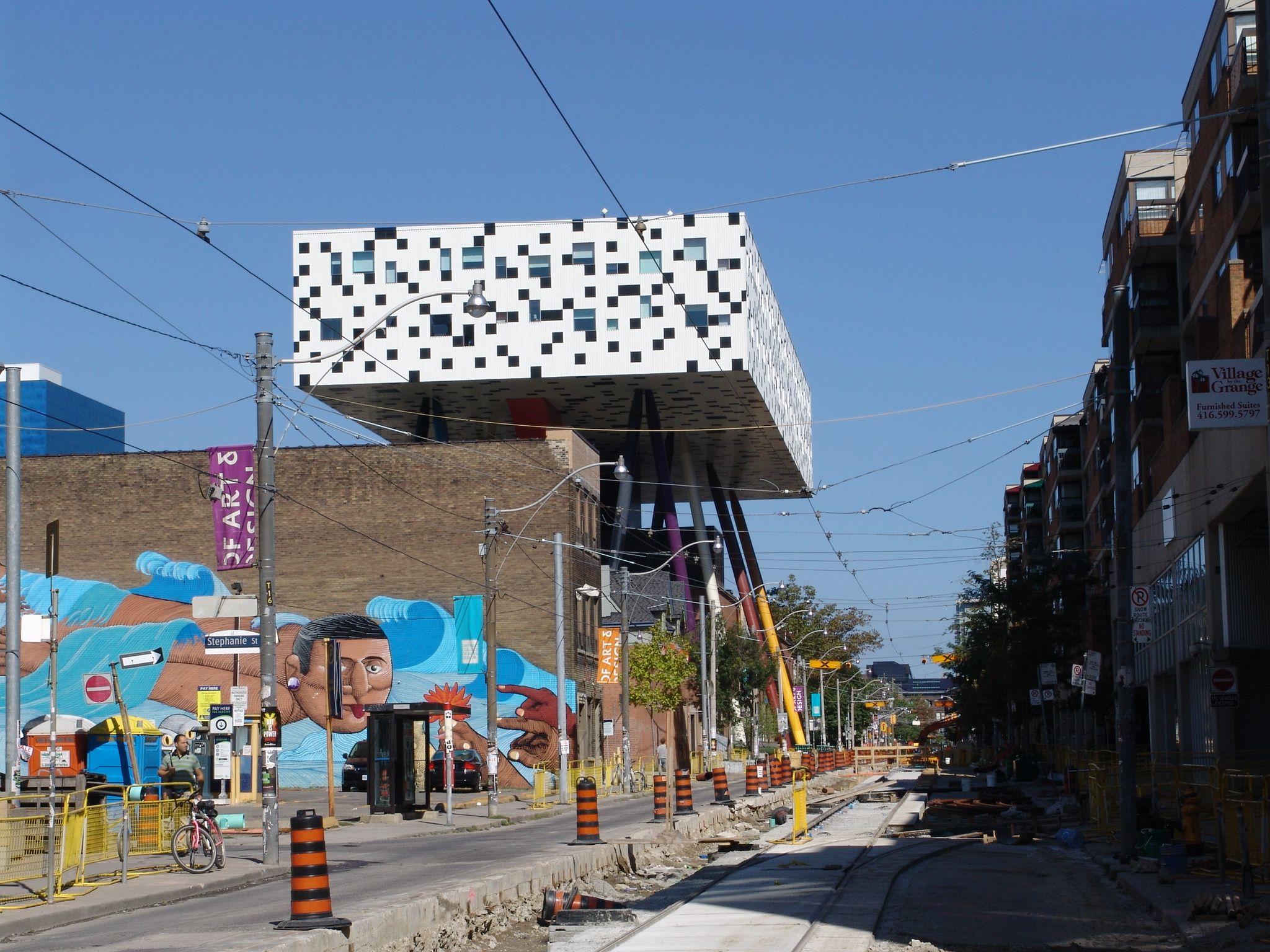 Por Las Calles De Toronto