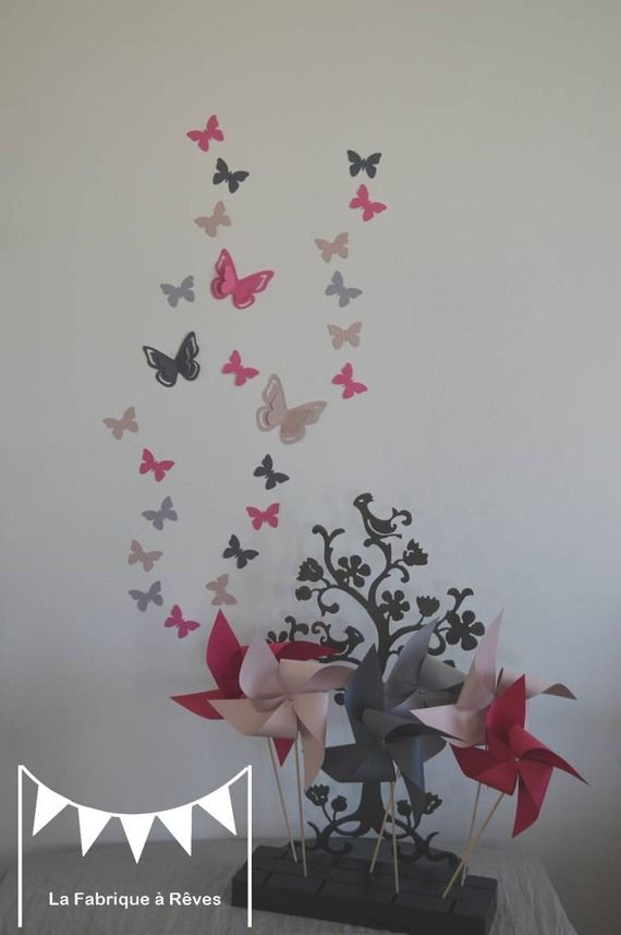 Dispo 25 stickers papillons rose poudr gris et for Decoration chambre de bebe fille