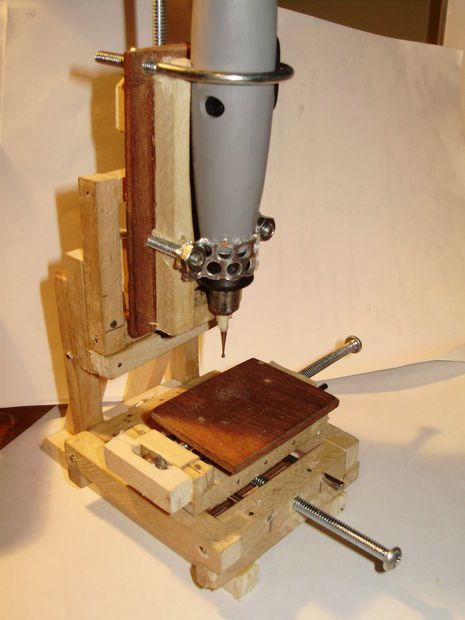 Tiny milling machine dremel and tool