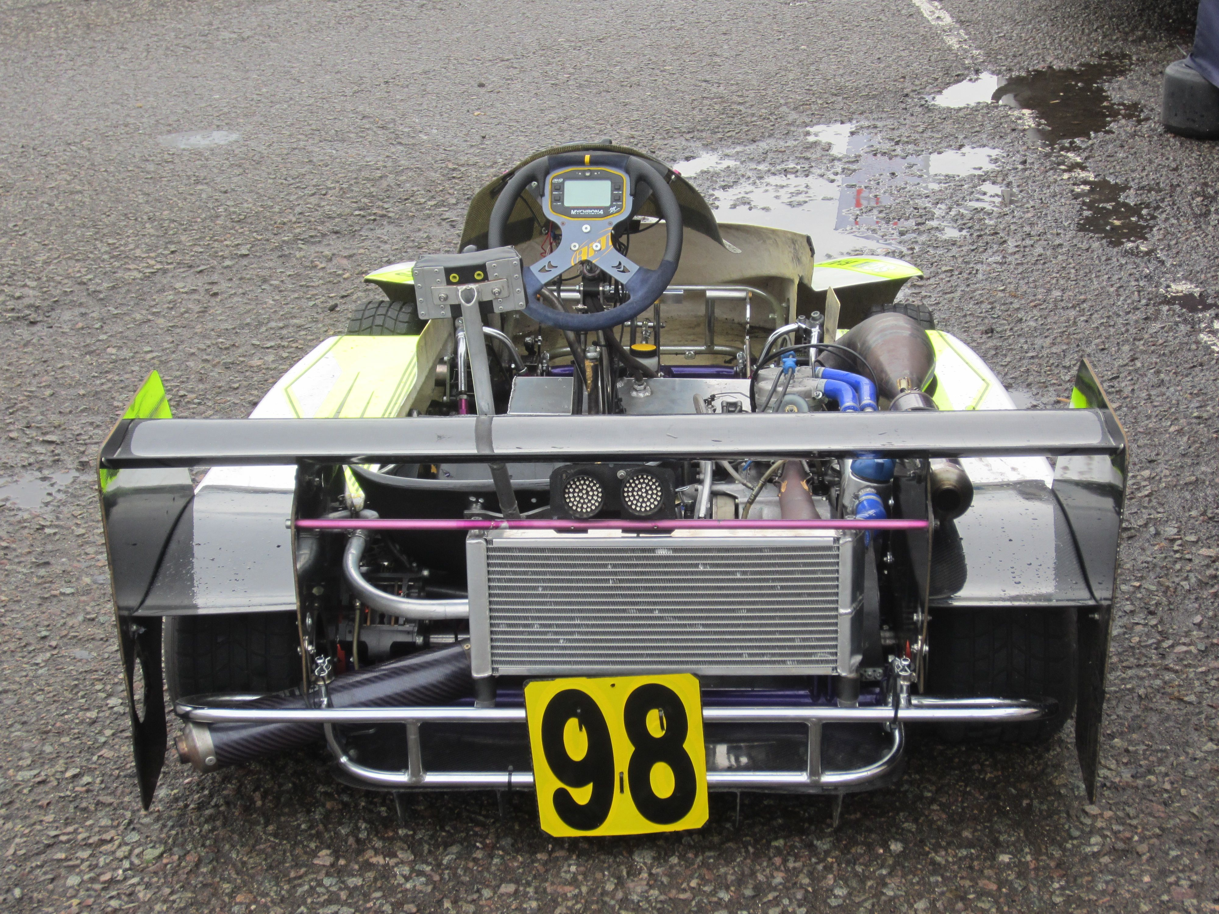 Division 1 Superkart - 250cc twin cylinder or 2 x 125cc mono