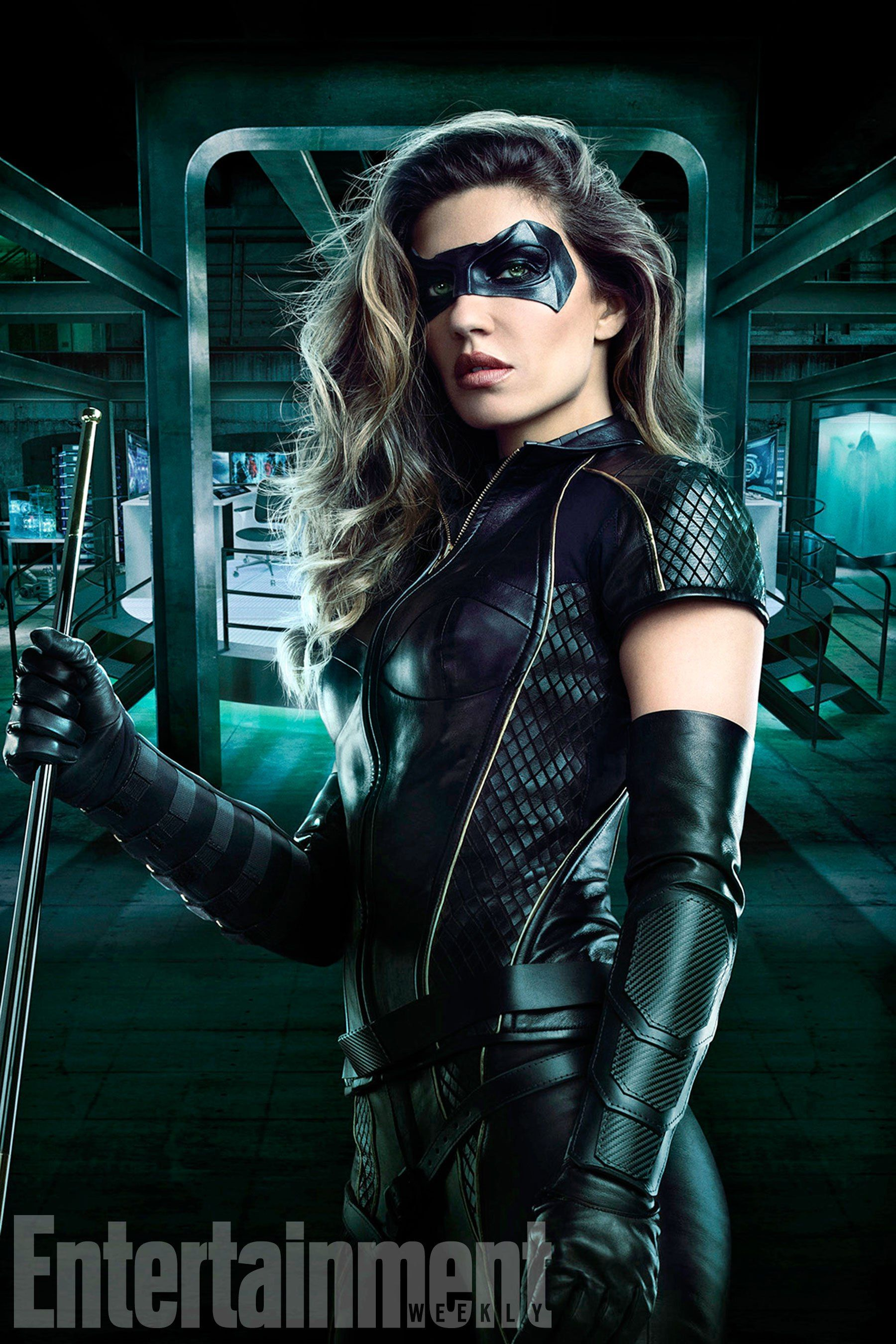 8b59e7fbd ARROW Season 6 Image Gives Us Our First Look At Dinah Drake Suited ...