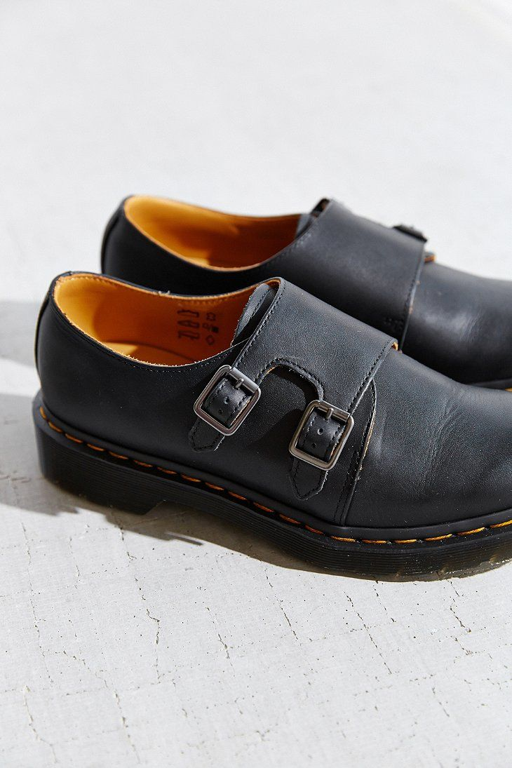 8f396fe6b4d1 Pin by Mélanie Le Duc on Dr Martens