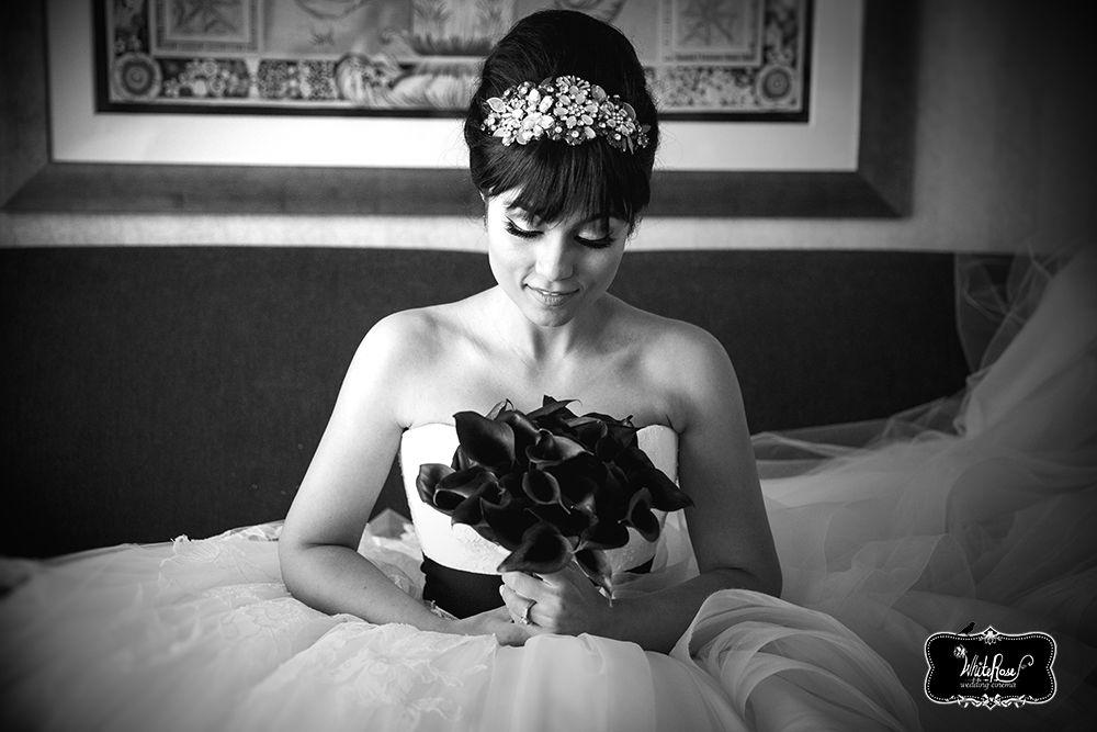 www.whiteroseproduction.com/blog #whiteroseproduction #WRP #weddingfilm #weddingphotography #weddingcinematography #bridewithflower #bridaltiara #BWpicture
