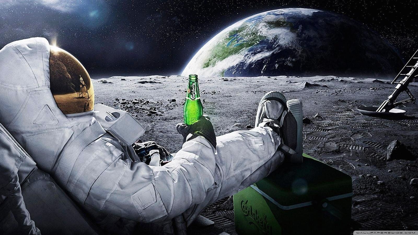 Weird Wallpaper For Android Astronaut wallpaper, Funny