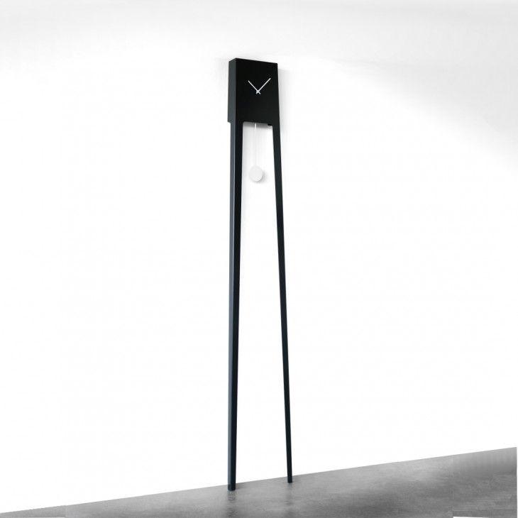 The Tiuku clock presents the traditional grandfather's clock with a twist / design ARI KANERVA