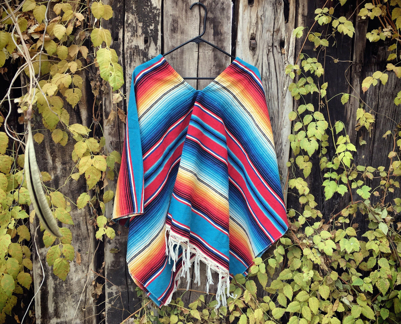 Vintage Mexican Poncho Serape Blanket Men s Poncho Women s Ponchos ... 53ddeef595