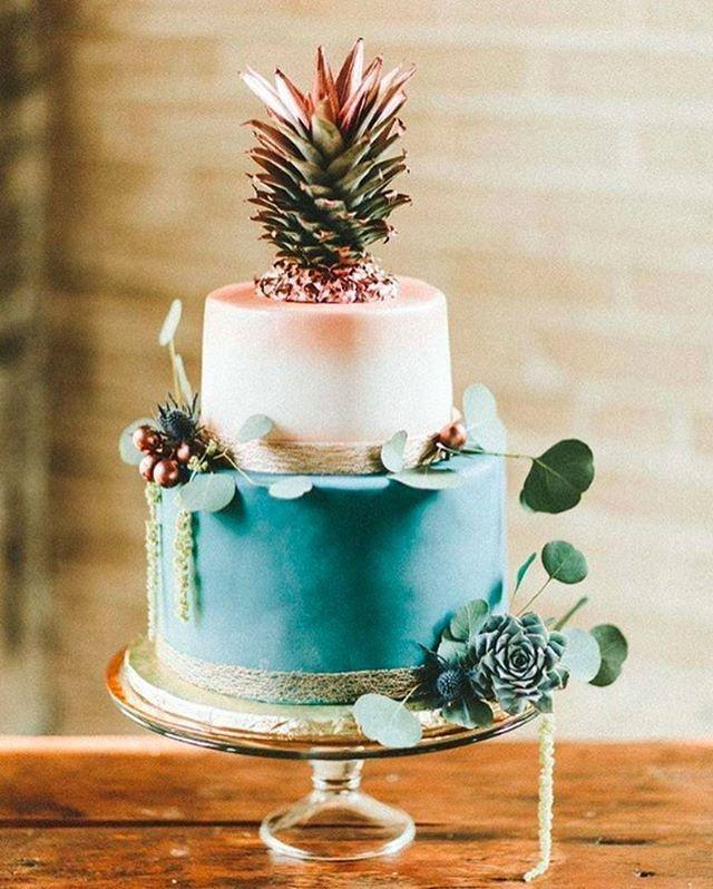 Gastronomia J vimos bolos com flores com suculentas folhagens
