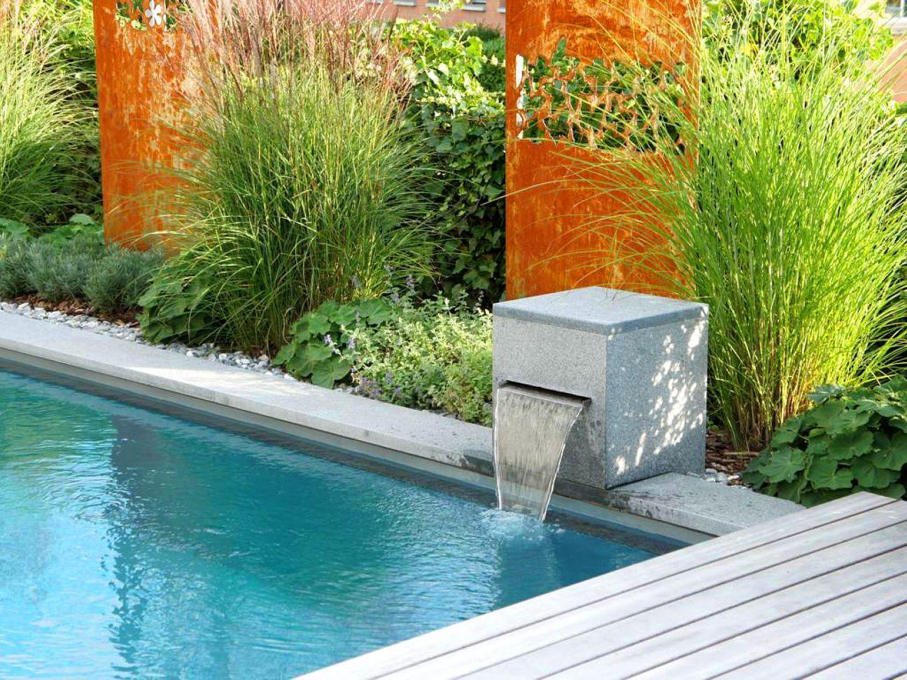 living pool swimmingpool schwimmteich gartenbau gartenumbau gartenpflege. Black Bedroom Furniture Sets. Home Design Ideas