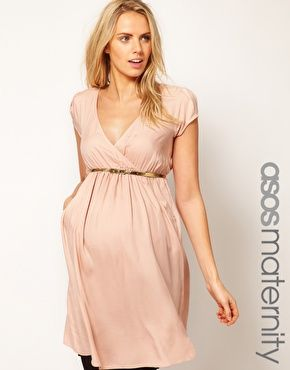 e8d8f628 Vestido cruzado con cinturón dorado de ASOS Maternity   My style ...