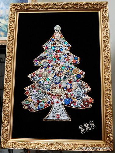 Pricey Us 749 95 Large Vintage Framed Costume Jewelry Christmas Tree 1970s Ebay Jewelry Christmas Tree Antique Christmas Tree Vintage Jewelry Crafts