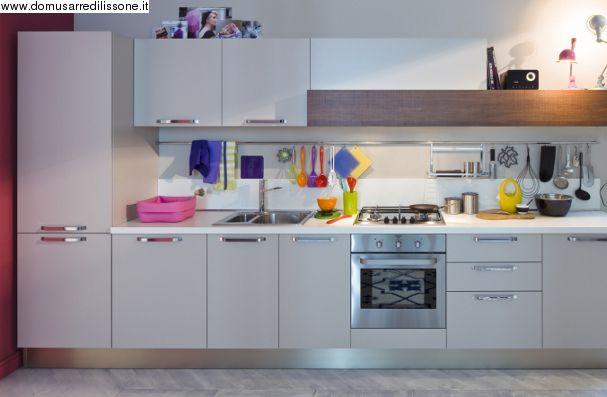 Cucina lineare Start Time veneta Cucine | Arredamento Cucina ...