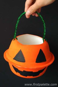 Cute treat bag craft made from paper bowls and pipe cleaner. ~ good idea for treat holder for party
