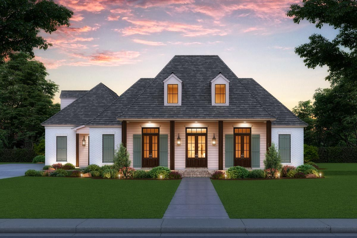 Traditional Southern Home Plan with Upstairs Bonus Room