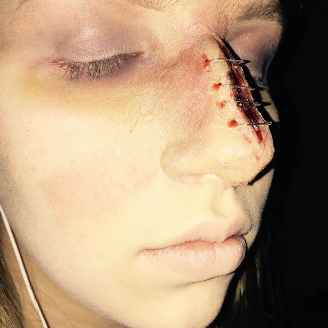 Split Nose With Images Creepy Makeup Nose Makeup Halloween