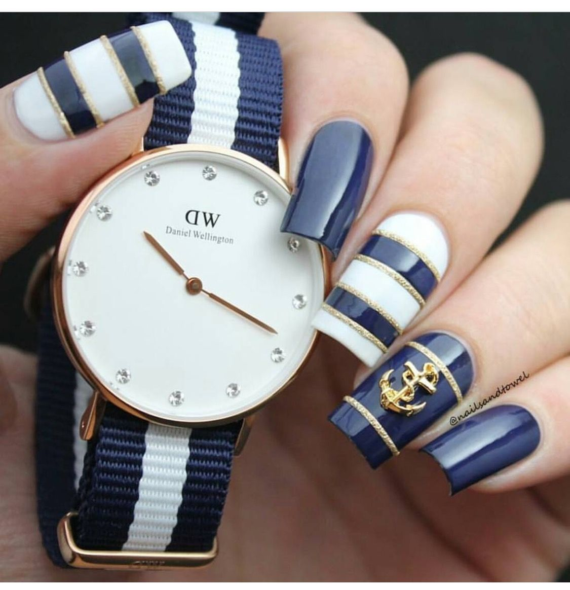 Navy Blue and Gold Nautical Nails With