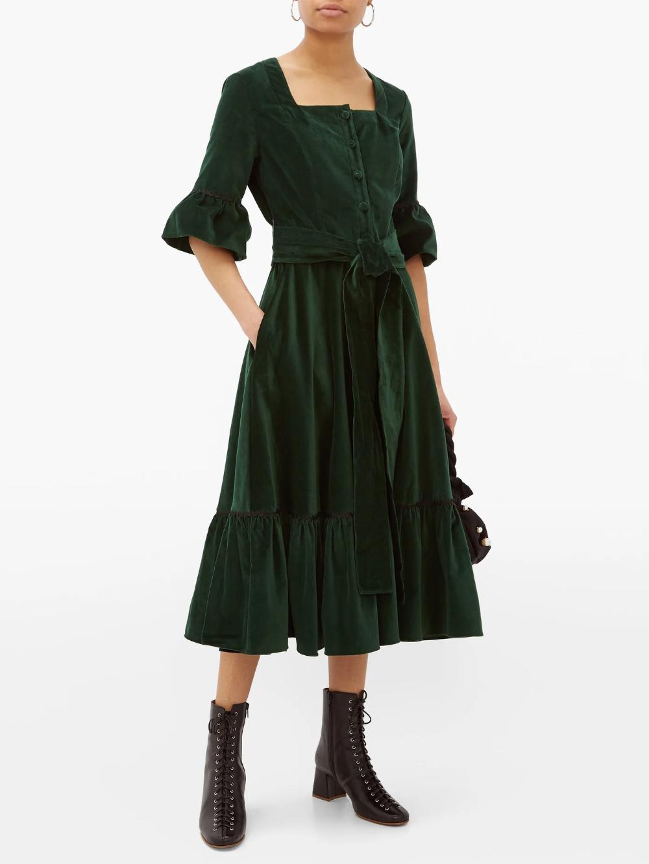 Ruffled Square Neck Cotton Velvet Midi Dress Batsheva Matchesfashion Us Velvet Midi Dress Midi Dress Dresses [ 1332 x 1000 Pixel ]