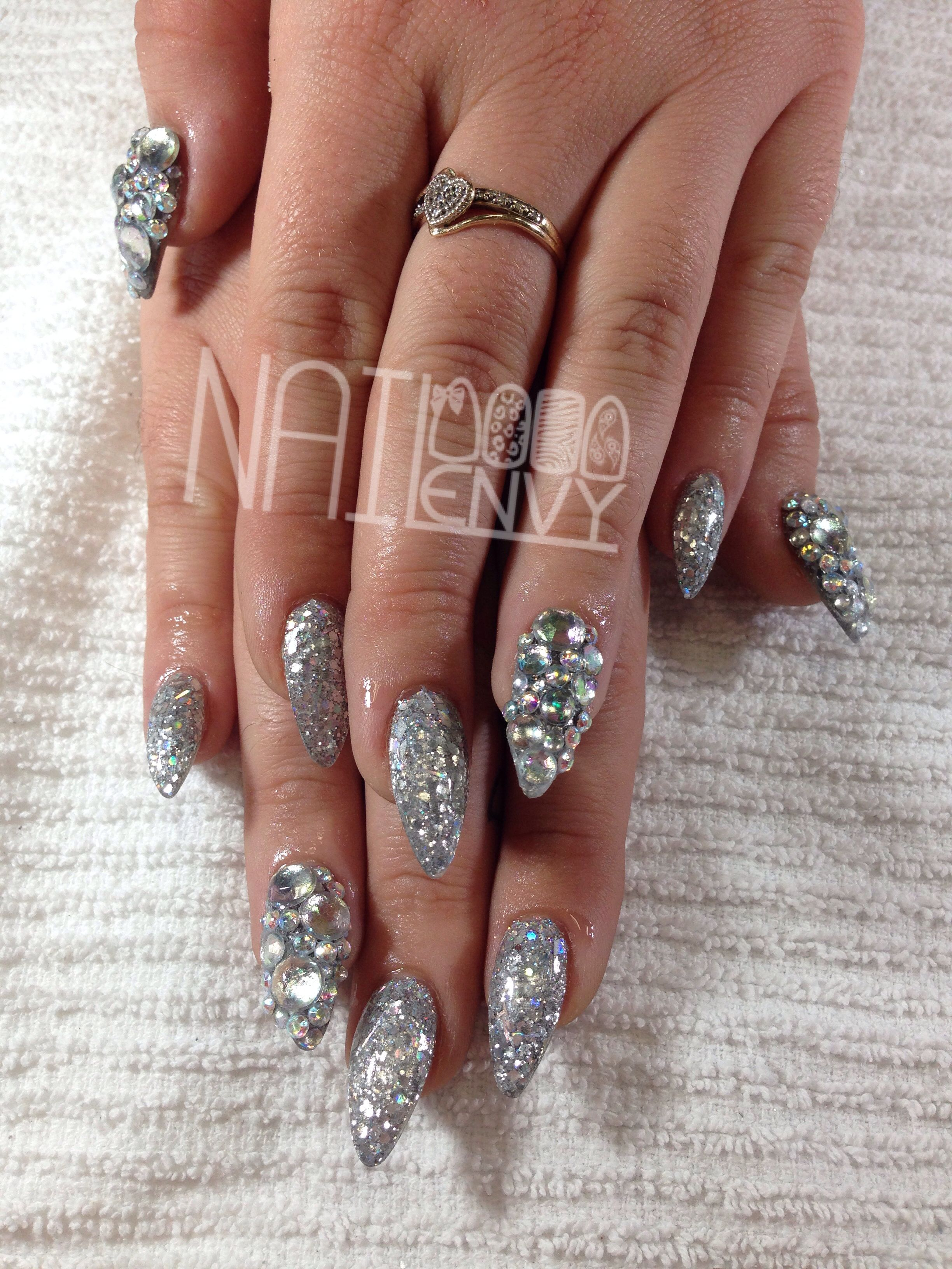 Silver Stiletto Nails! ️Pinterest: Jayde S.