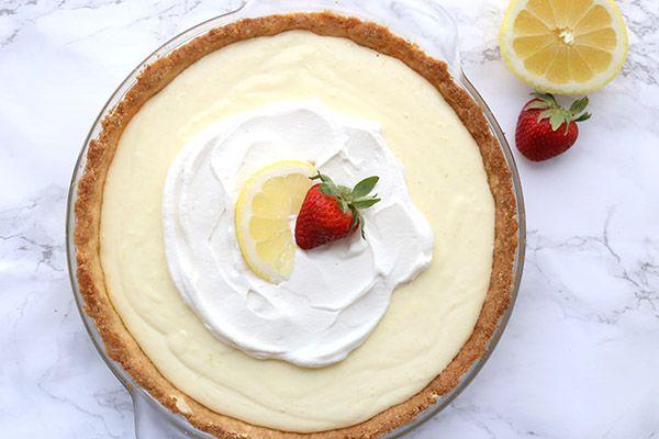 Lemon Sour Cream Pie Recipe Desserts With Pie Crust Heavy Cream Large Egg Yolks Lemon Juice Lemon Low Carb Recipes Dessert Low Carb Sweets Low Carb Baking