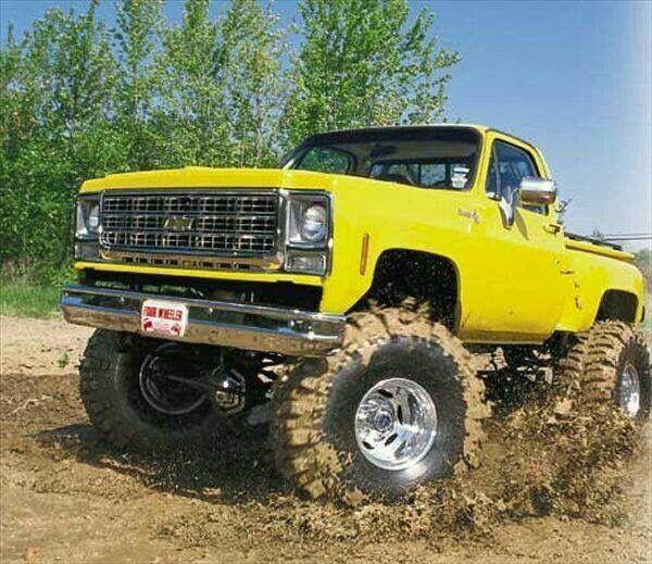 Pin By Miranda Defluri On Trucks Jeeps Cars Chevy Trucks Lifted Trucks Trucks