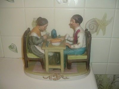 MAN & WOMAN PRICE FIGURINE DINING AT TABLE SHE'S PRAYING AS HE WATCHES HER https://t.co/OsayGNC6zS https://t.co/nLUy5YMxaG