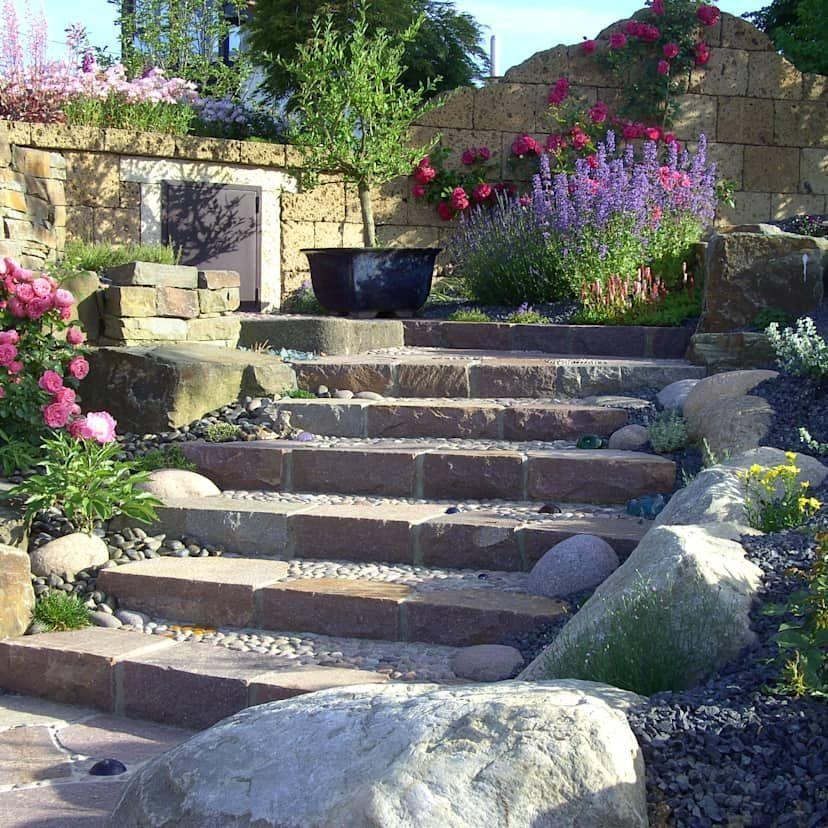 Spanische Mauer Mit Beleuchtung Mediterraner Garten Von Rimini Baustoffe Gmbh Mediterran Ziegel Homify Mediterraner Garten Mediteraner Garten Gartentreppe