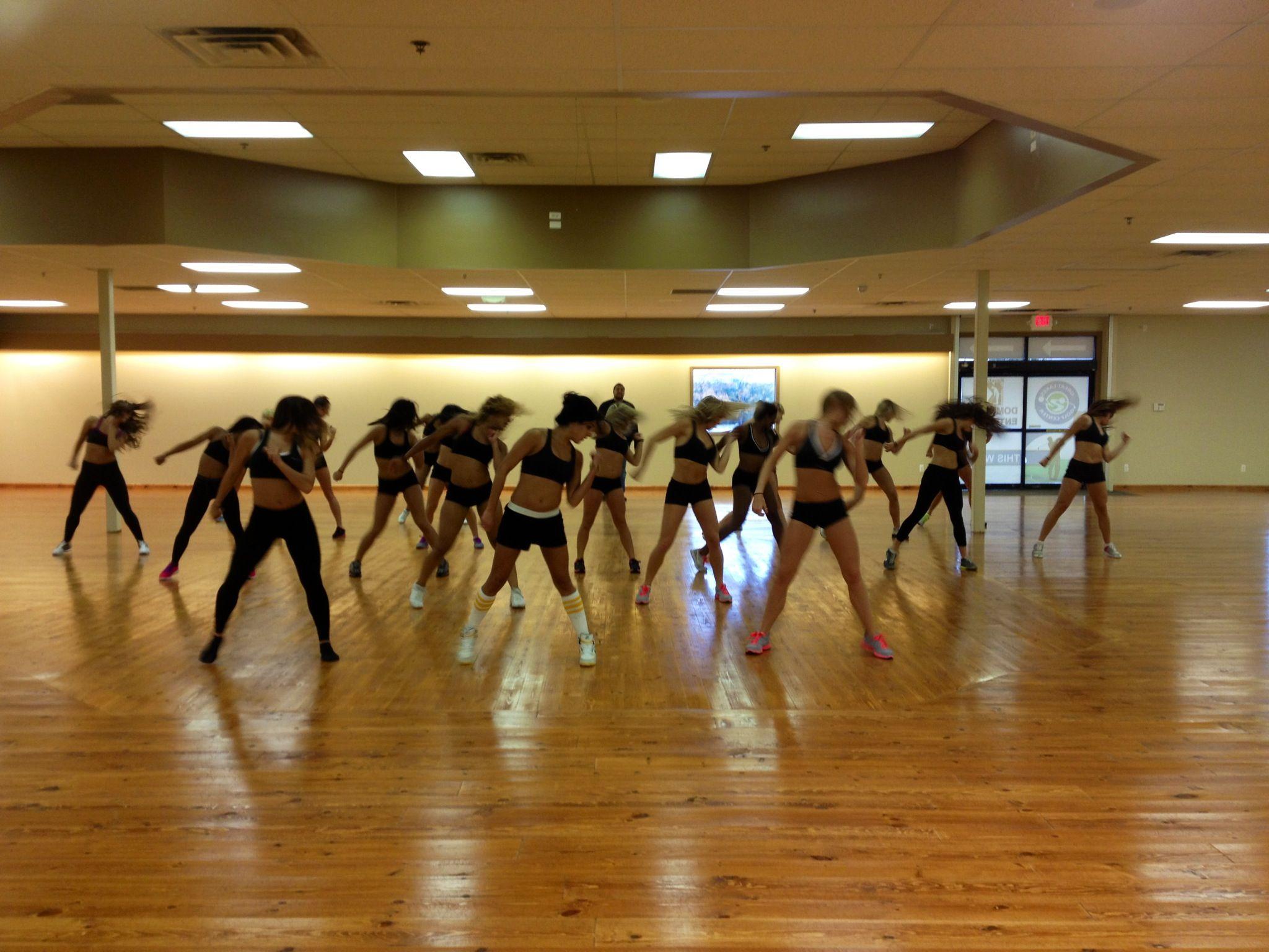Official Training Center of the Detroit Pistons Dance Team!  www.glgsc.com