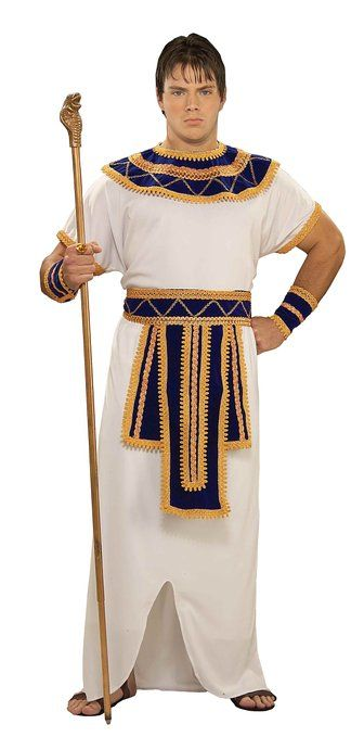 Egyptian Clothing: Pharoahs to Commoners Ancient Egyptians For more information on Egyptian clothing and other counter-intuitive facts of ancient and medieval history, see Anthony Esolen's The Politically Incorrect Guide to Western Civilization.