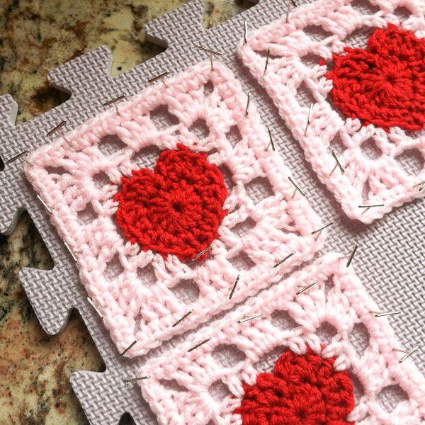Heart Granny Square Crochet Pattern | El color, Ganchillo y Color