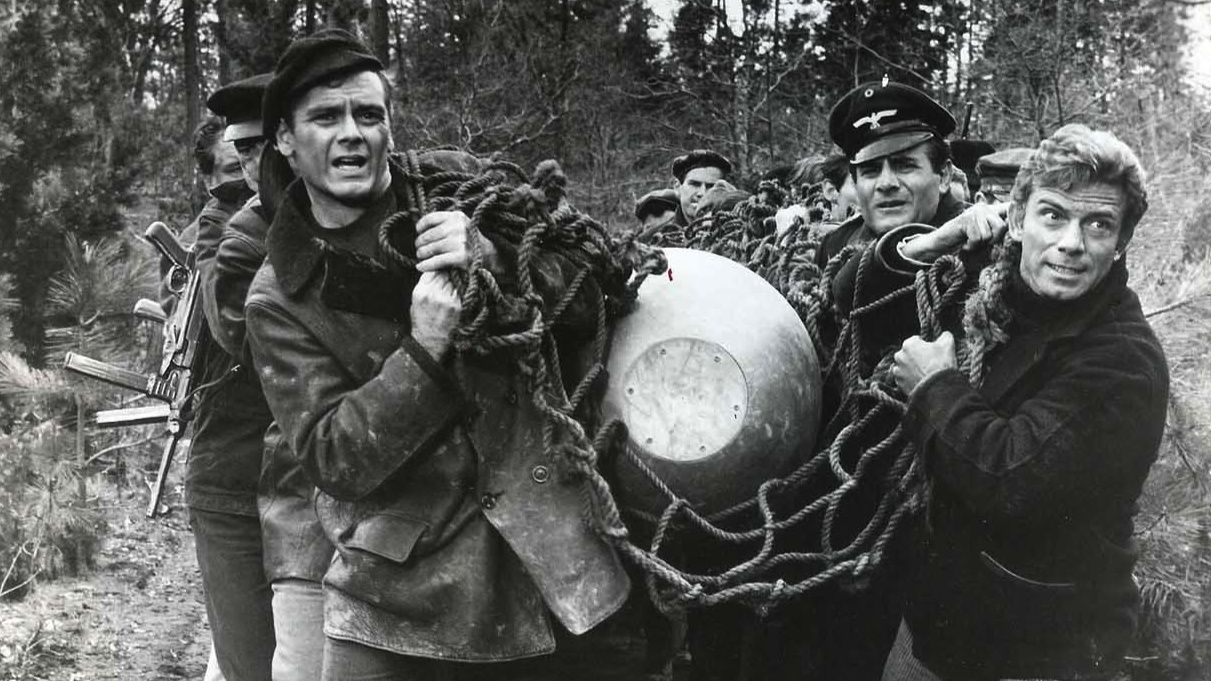 War Movie : In Enemy Country (1968)