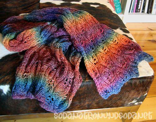 All is well in rainbow world - toller Regenbogen Schal.