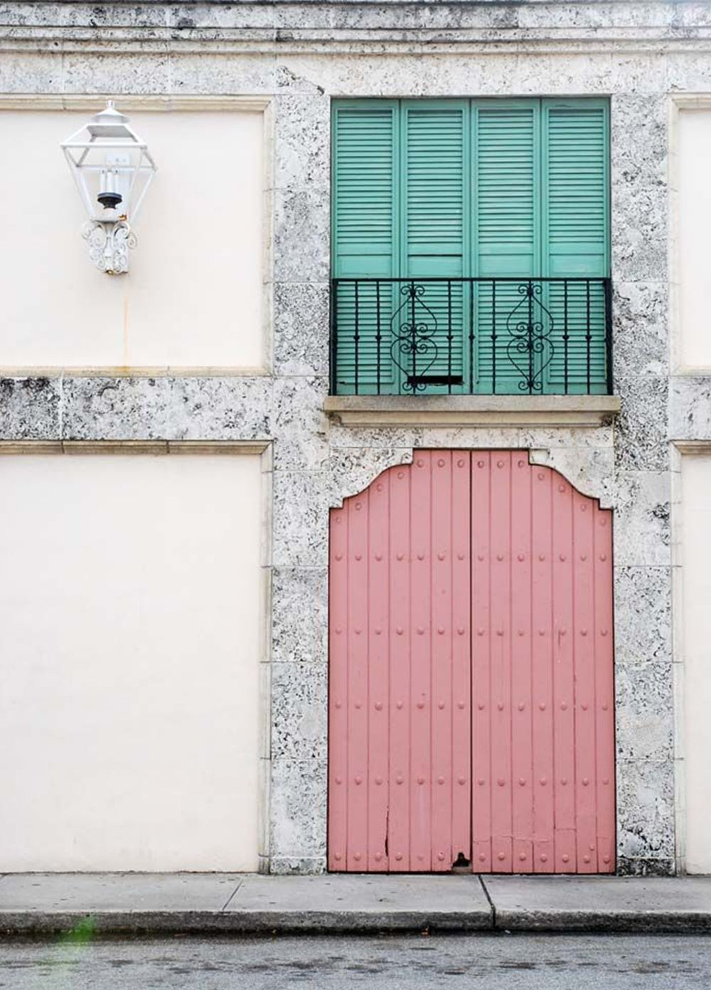 Love the color contrast. | Doors and Windows | Pinterest | Colour ...
