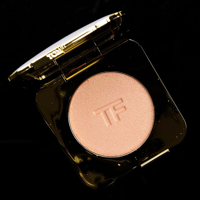 Tom Ford Luna Radiant Perfecting Powder Review Swatches Tom