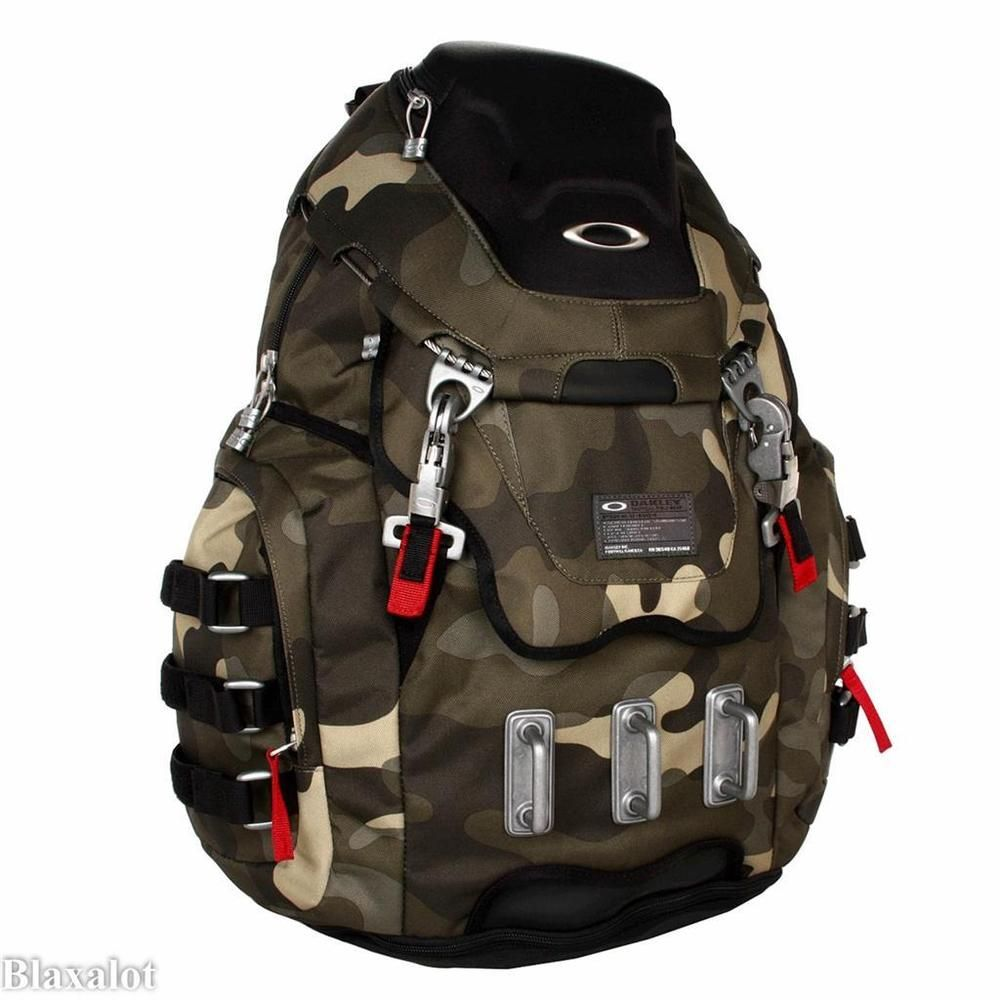 Oakley Kitchen Sink 17 Laptop Macbook Pro Herb Camo Backpack Daypack New Macbook Backpack Oakley Luggage Deals
