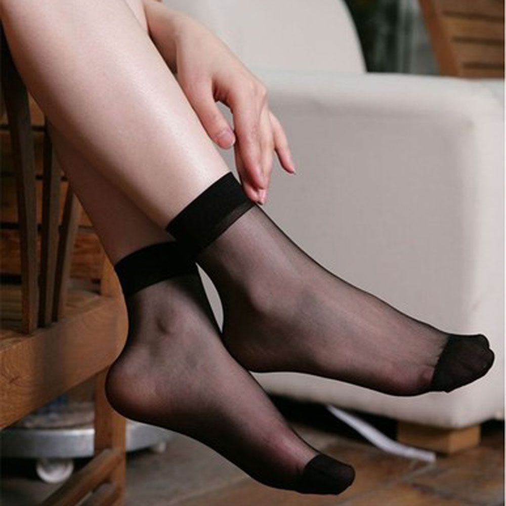 silk Hot socks in girls